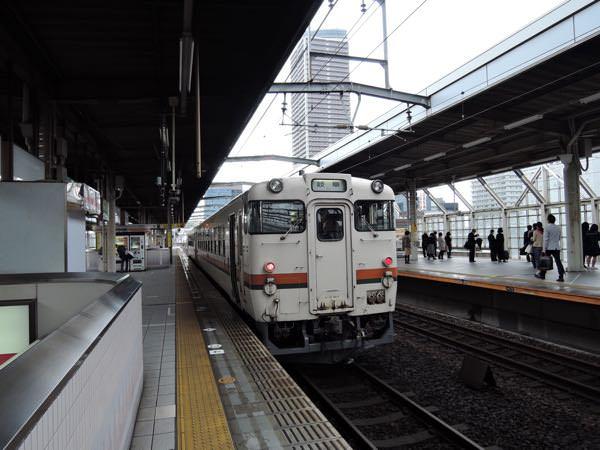 高山本線の列車