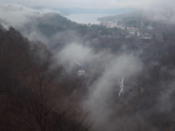 明智平展望台から見える華厳ノ滝