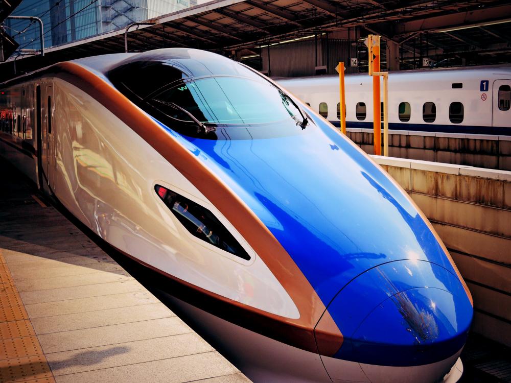 金沢行きの北陸新幹線